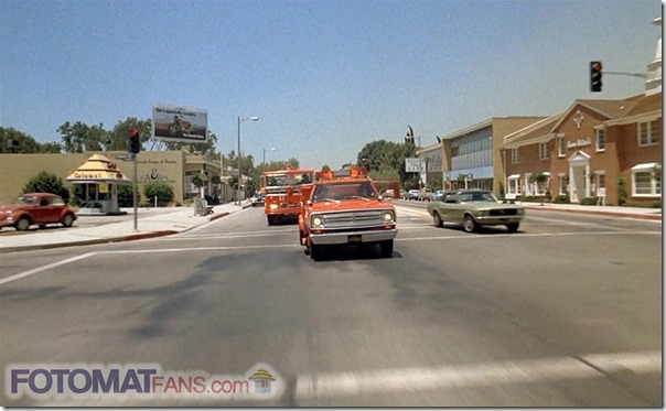 Riverside Dr. & Forman Ave., Los Angeles (1972) - FotomatFans.com
