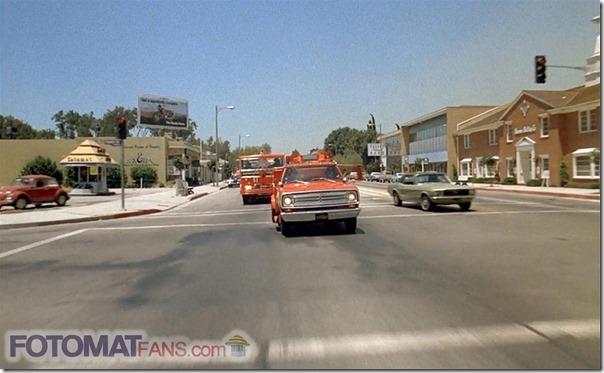 Riverside Dr. & Forman Ave., Los Angeles (1972) - FotomatFans.com